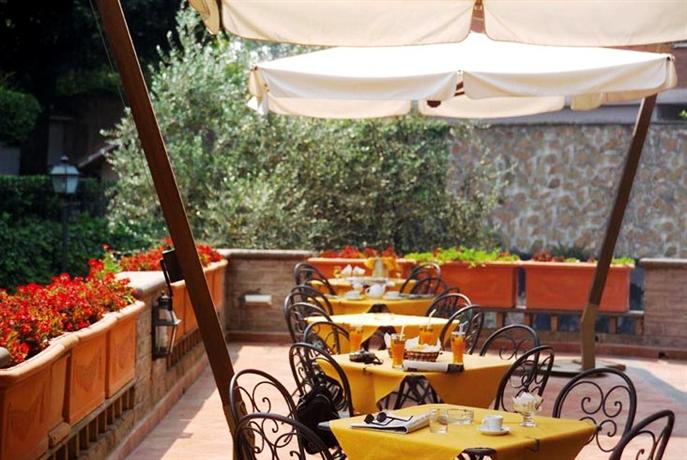 Photo 3 - Appia Park Hotel