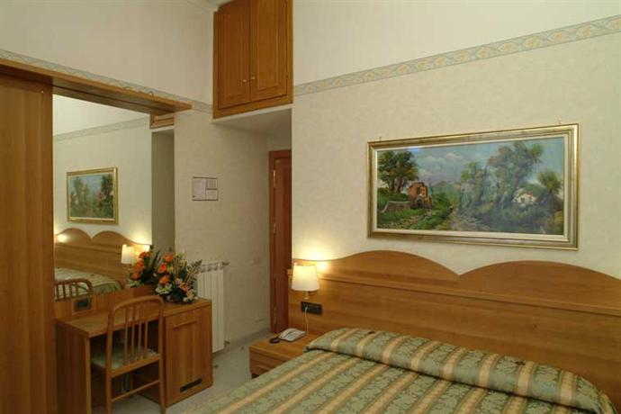 Photo 3 - Hotel Teti