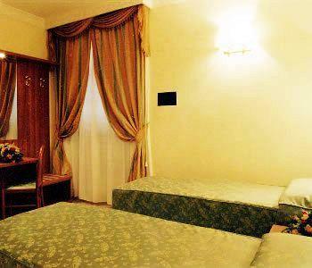 Photo 3 - Hotel Magic
