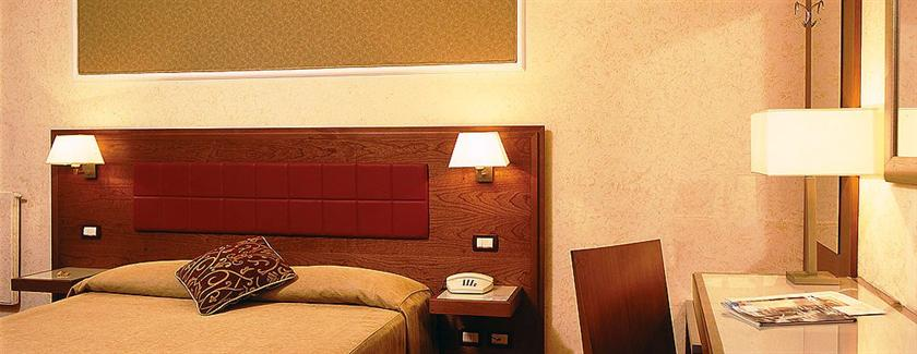 Photo 1 - Hotel Madrid Rome