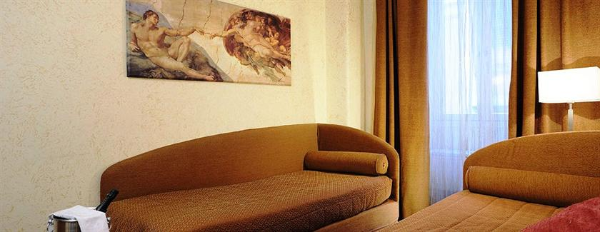 Photo 2 - Hotel Madrid Rome