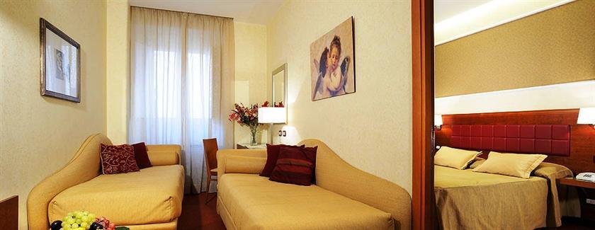 Photo 3 - Hotel Madrid Rome
