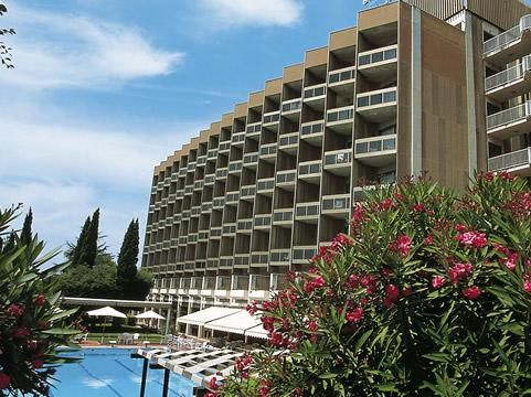 Photo 2 - NH Midas Hotel
