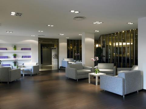 Photo 3 - NH Midas Hotel