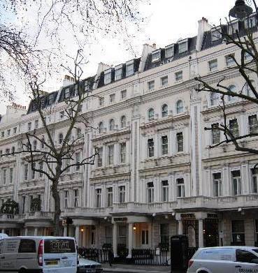 Photo 1 - John Howard Hotel