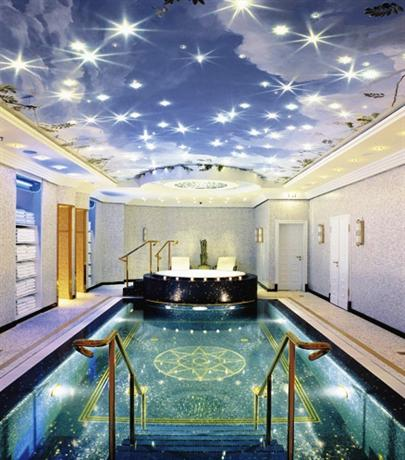 Photo 2 - The Ritz-Carlton Berlin