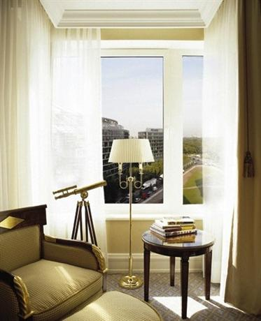 Photo 3 - The Ritz-Carlton Berlin