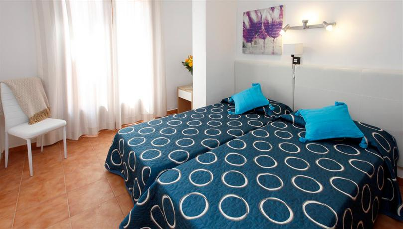 Photo 3 - Apartamentos Sandic Ibiza
