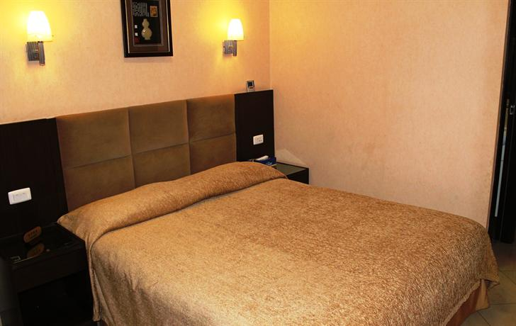 Photo 1 - Euro Star Bed and Breakfast Rome