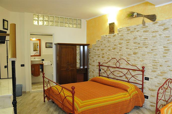 Photo 1 - Michela Rooms