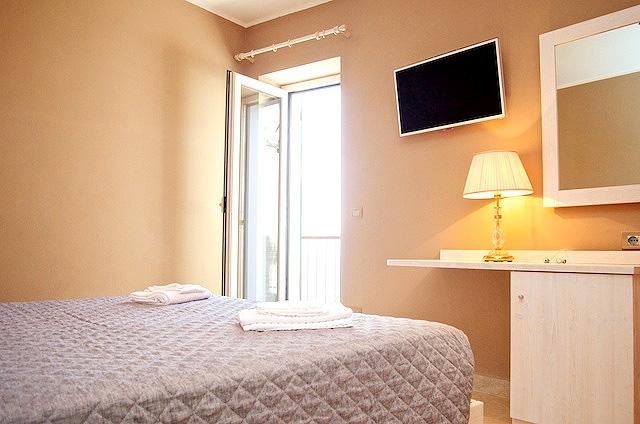 Photo 3 - Michela Rooms