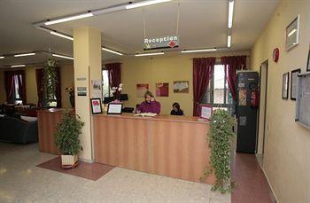Photo 3 - Ostello Casale Dei Monaci
