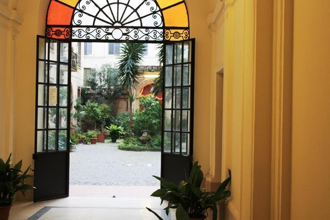 Photo 3 - Hotel Malu'