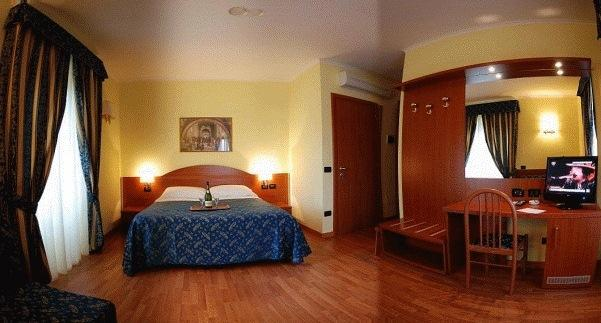Photo 3 - Saint Peter Inn Rome