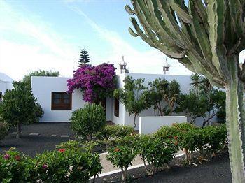 Photo 2 - Jardines del Sol