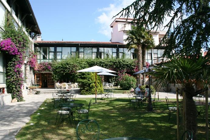 Photo 3 - Hotel El Ancla