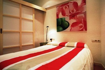 Photo 1 - Bcn Internet Apartments 84