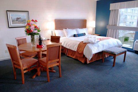 Photo 2 - Norwood Hotel Winnipeg