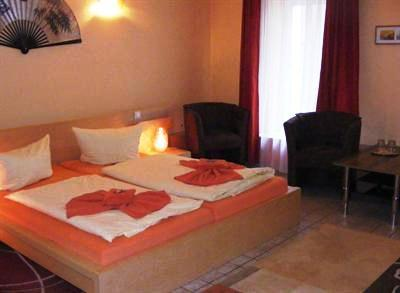 Photo 2 - Hotel Pension Canaletto