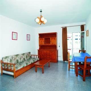 Photo 3 - Marian Apartments