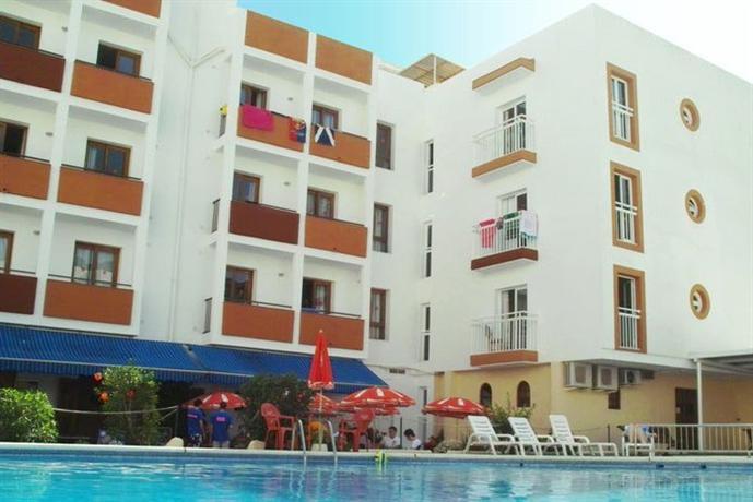 Photo 1 - Marian Apartments