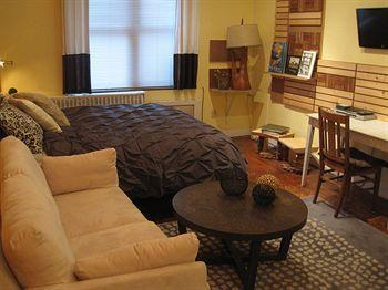 Photo 1 - Chelsea Studio Apartment New York City