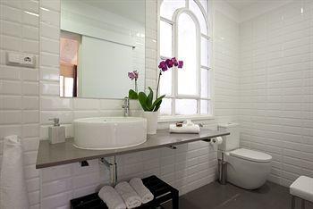 Photo 3 - City Centre Rent Top Apartments