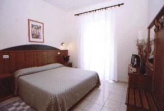 Photo 3 - Taormina Hotel