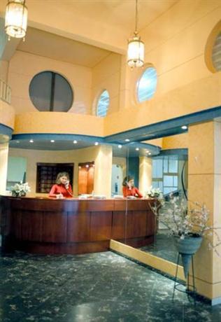 Photo 2 - Amaryllis Hotel Athens