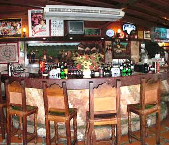 Photo 2 - Hosteria Los Guasimitos