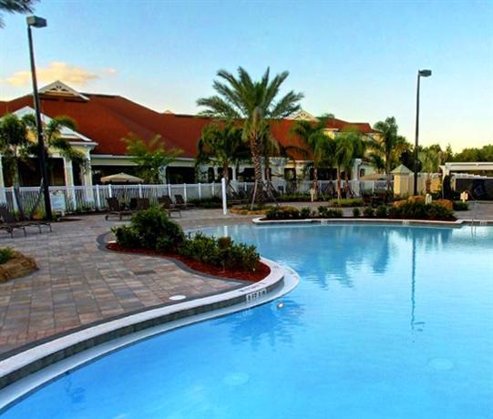 Photo 1 - Victoria Park Resort Davenport Loughman