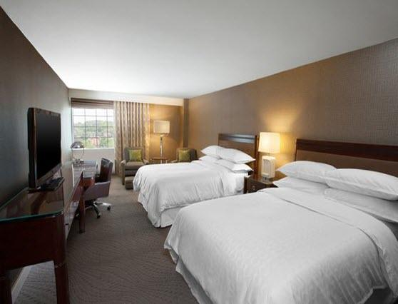 Photo 1 - Sheraton Pittsburgh Airport Hotel