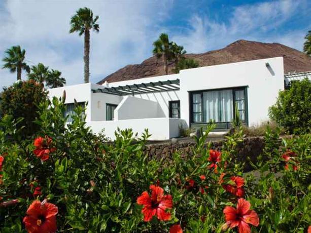 Photo 3 - Apartamentos Natura Garden