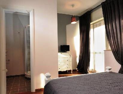 Photo 2 - La Casa Di Momi Bed and Breakfast Rome