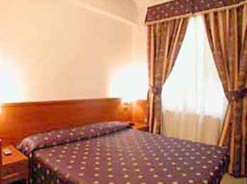 Photo 2 - Sunshine House Hotel Rome