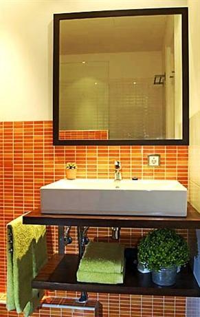 Photo 3 - Feelathome Gran Via Apartment Barcelona