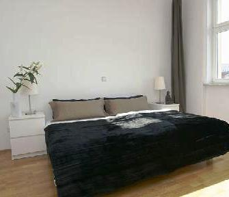 Photo 3 - Berlin Apartment 9