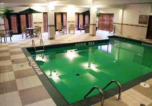 Photo 2 - Hampton Inn And Suites Montreal