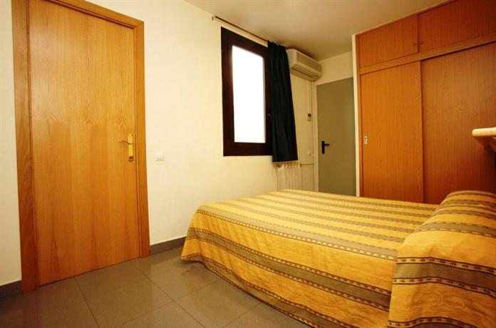 Photo 3 - Hostal La Terrassa
