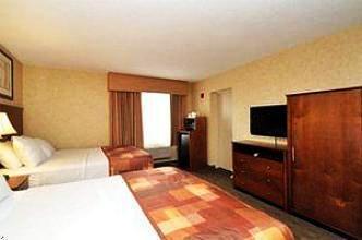 Photo 3 - Sheridan Hotel