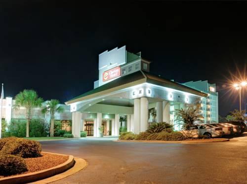 Photo 3 - Clarion Hotel Myrtle Beach