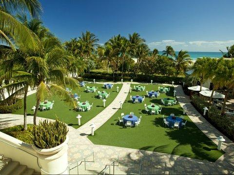 Photo 1 - Loews Miami Beach Hotel
