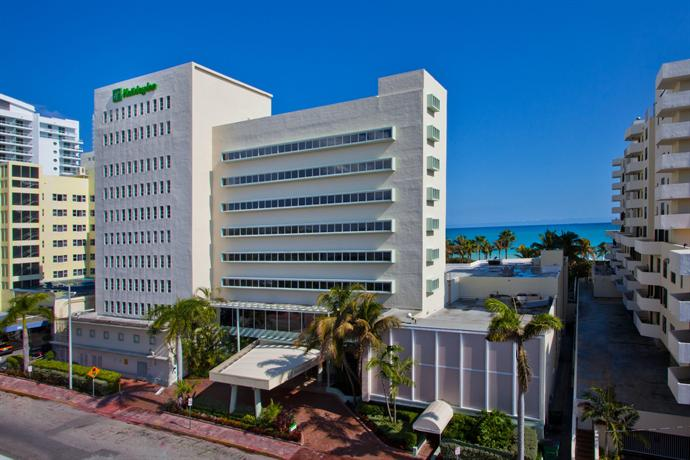 Photo 1 - Holiday Inn Miami Beach