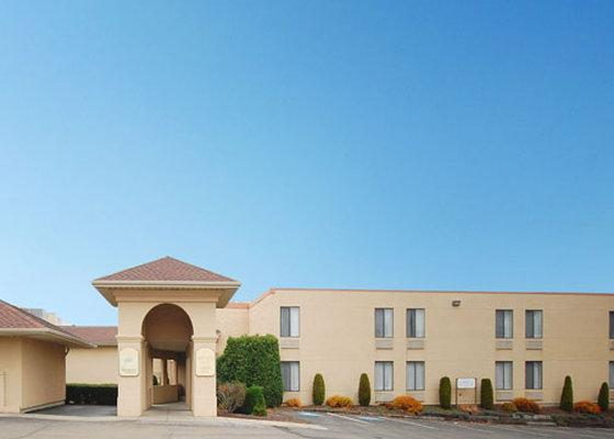 PROMO] 56% OFF Clarion Hotel Lake Erie Erie Unitedstates