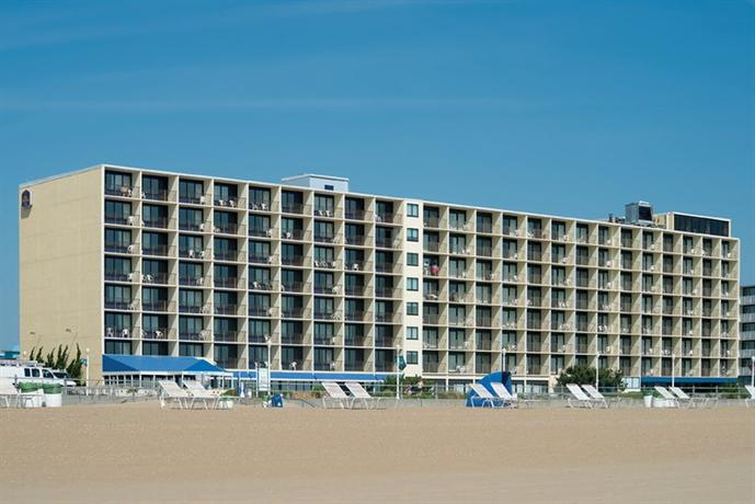 Photo 2 - BEST WESTERN PLUS Oceanfront Virginia Beach