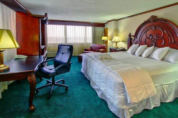 Mcm Elegante Hotel Beaumont Texas 2355 I 10 South At Washington Tx Us