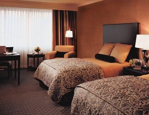 Photo 2 - Omni Jacksonville Hotel