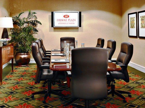 Photo 1 - Crowne Plaza Jacksonville Airport Hotel