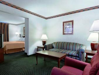 Photo 3 - Country Inn & Suites Amarillo