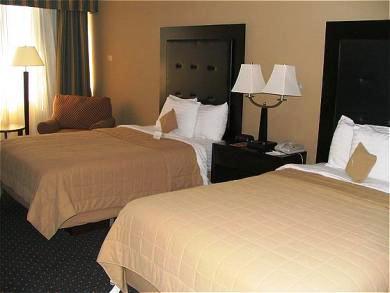 Photo 2 - University Hotel and Conference Center - Winston-Salem